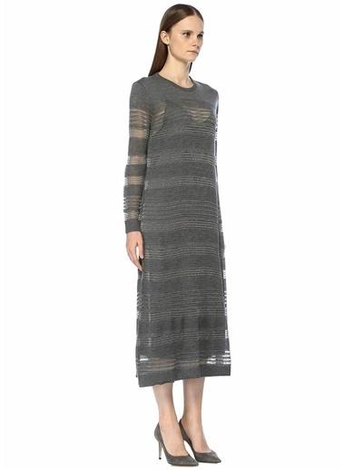 Beymen Collection Simli Çizgili Delikli Midi Triko Elbise Gri